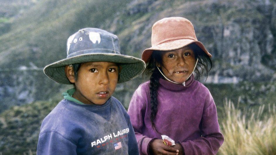 Peru Chamäleon Reisen Kleingruppenreise Machu Picchu Colca Canyon Hirten Kinder