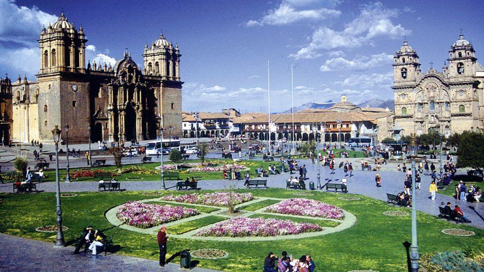 Boliven Peru Kleingruppenreise Uyuni Chamäleon Reisen Cusco