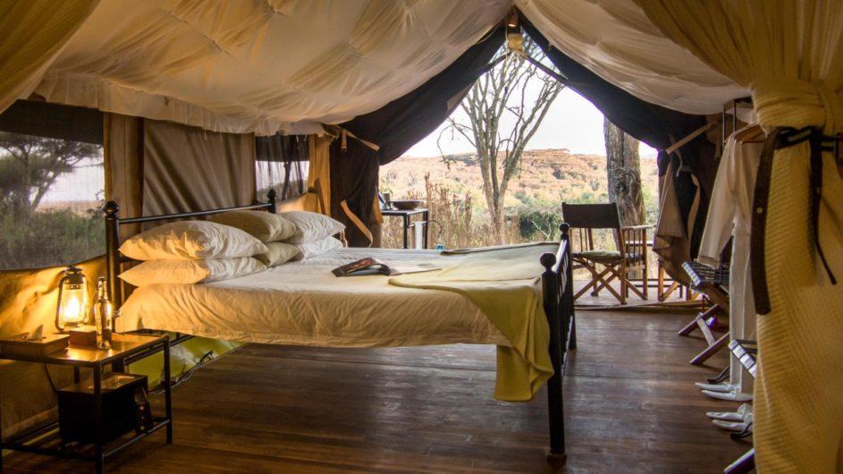 Tanzania Sanctuary Ngorongoro Crater Camp Zelt Zimmer innen