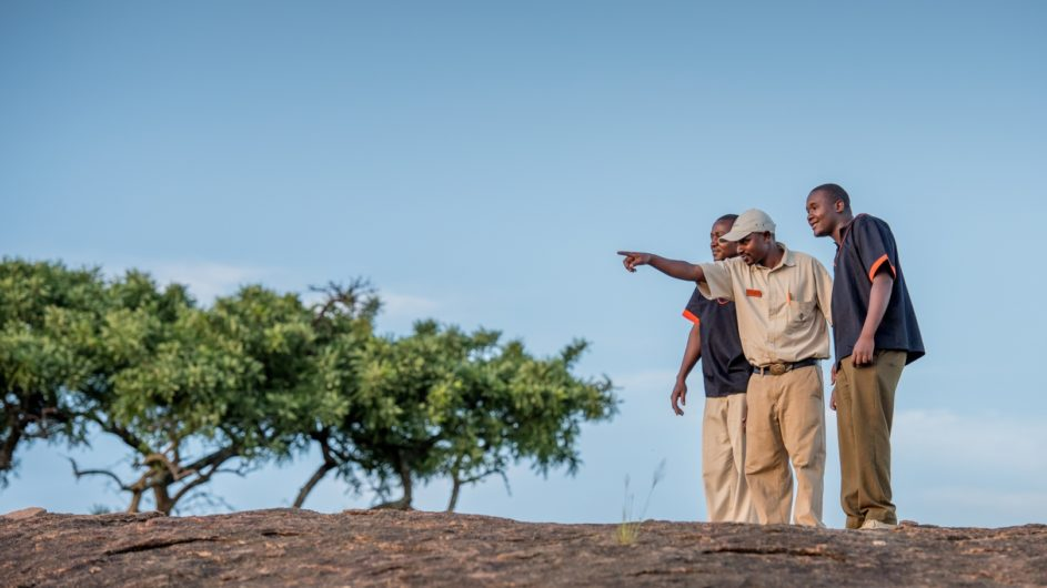 Tanzania Sanctuary Serengeti Migration Camp Fußpirsch