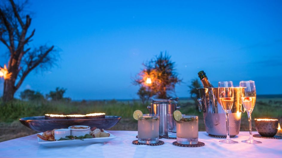 Tanzania Tarangire Nationalpark Sanctuary Swala Camp Sundowner
