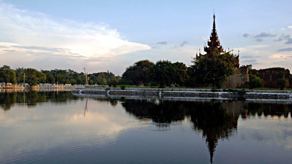 Myanmar EXO Travel Mandalay Tempel