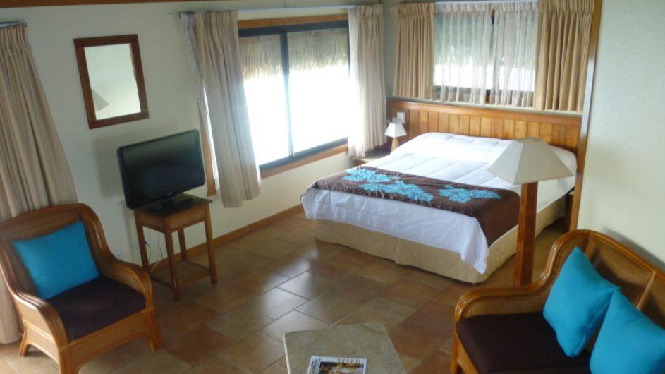Französisch Polynesien Huahine Royal Huahine Hotel Strand Bungalow innen