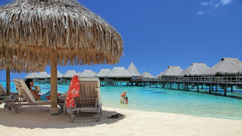 Französisch Polynesien Hilton Moorea Lagoon Resort Strand