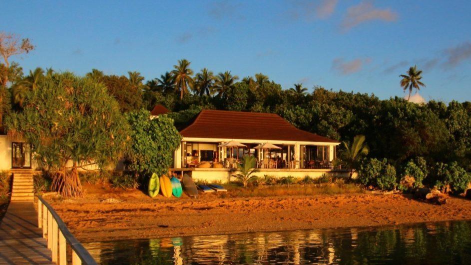 Tonga Vavau Kapa Island Reef Resort Restaurant und Bootsanleger