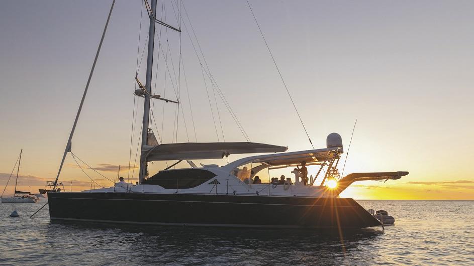 Whitsunday Bliss Luxusyacht Sunset Sonnenuntergang